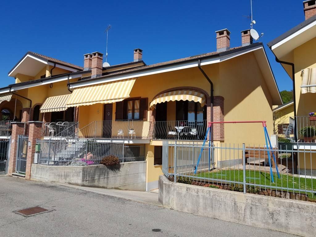 Foto 1 di Villetta a schiera via Don Orione 202, frazione Bandito, Bra