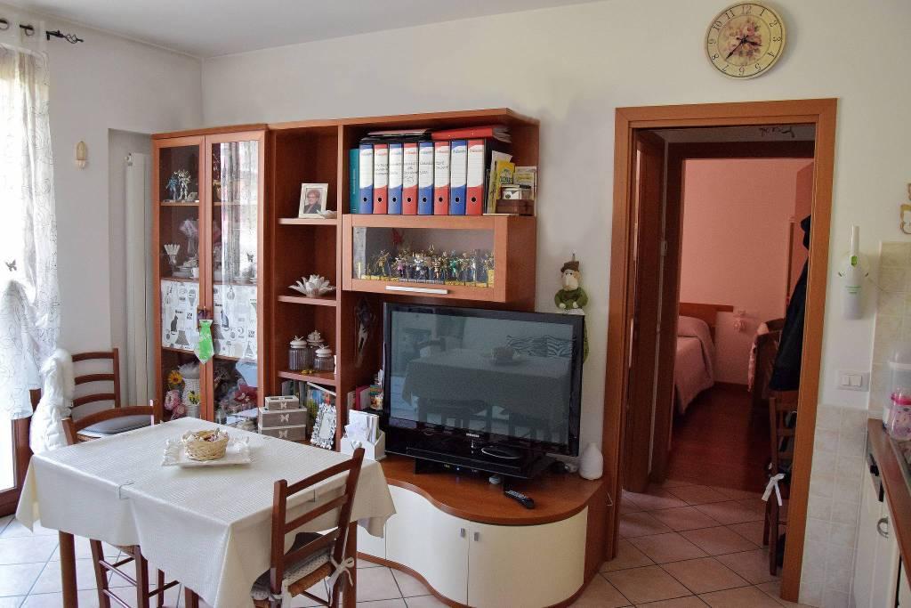 Appartamento in vendita via Paolo Emilio Taviani 16 Pozzo d'Adda