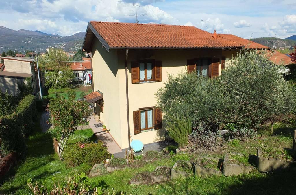 Soluzione Indipendente in vendita a Germignaga, 4 locali, prezzo € 280.000 | CambioCasa.it
