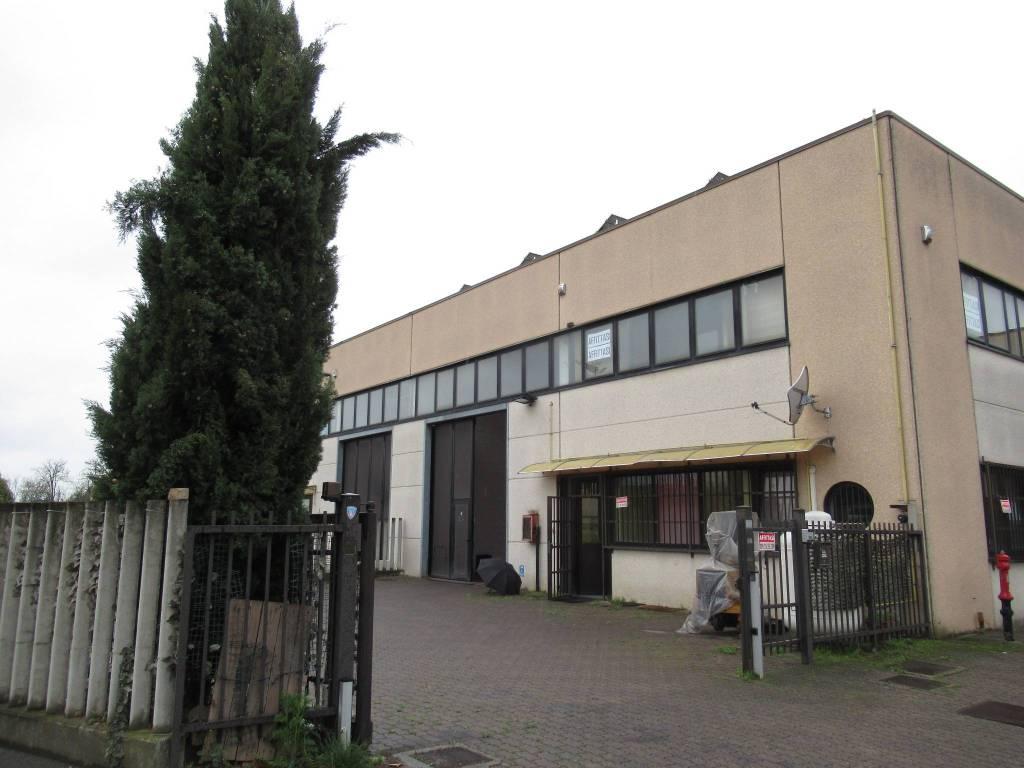 Capannone in vendita a Bellinzago Lombardo, 9999 locali, prezzo € 320.000 | PortaleAgenzieImmobiliari.it
