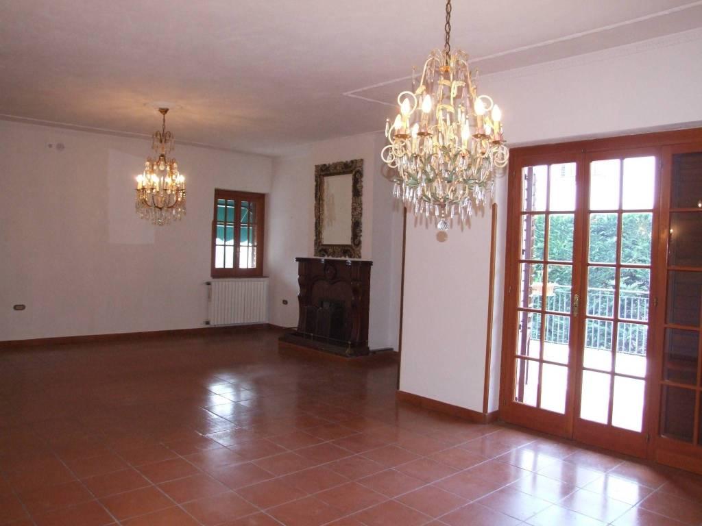 Villa in vendita a Apice, 6 locali, prezzo € 200.000 | CambioCasa.it