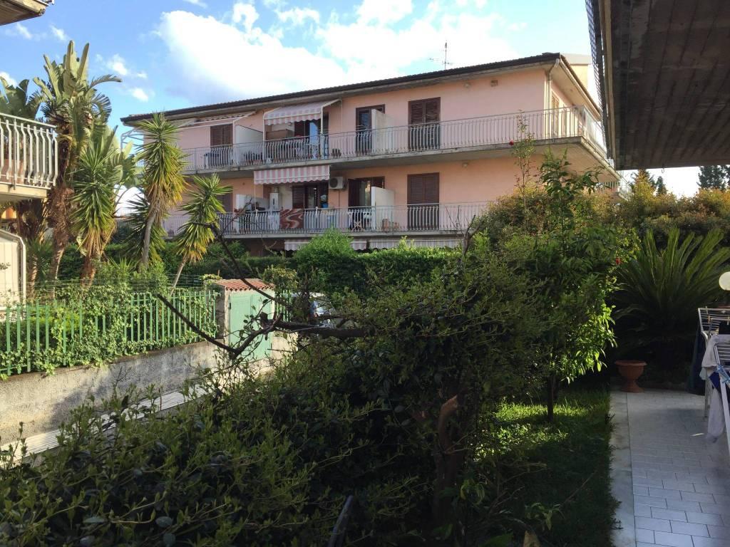 Appartamento in vendita a Giardini-Naxos, 4 locali, prezzo € 230.000 | PortaleAgenzieImmobiliari.it