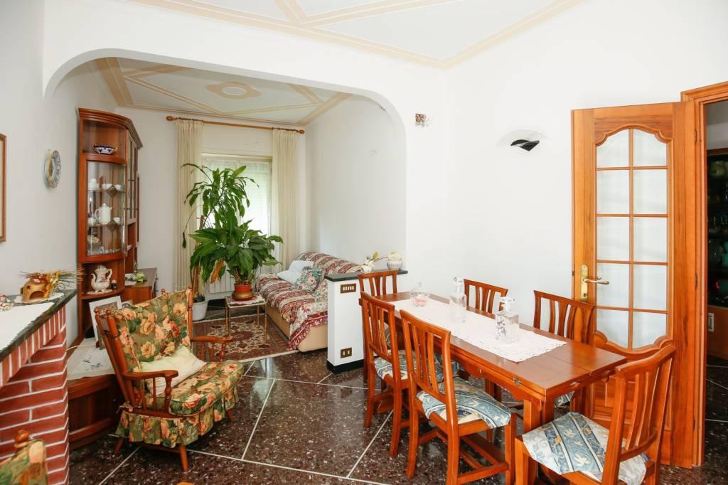 Foto 1 di Appartamento via Pasquale Berghini, Genova (zona S.Fruttuoso-Borgoratti-S.Martino)