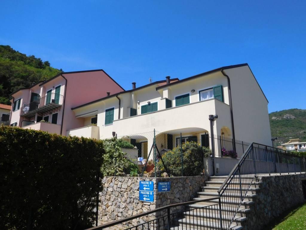 Appartamento in vendita a Toirano, 2 locali, prezzo € 150.000 | PortaleAgenzieImmobiliari.it