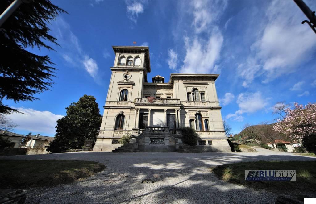 Villa in vendita a San Fermo della Battaglia, 20 locali, Trattative riservate | PortaleAgenzieImmobiliari.it
