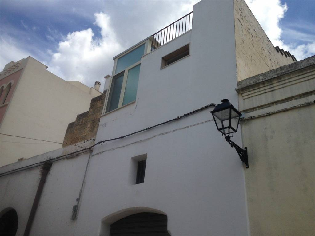 Casa indipendente in Vendita a Tuglie Centro: 3 locali, 90 mq