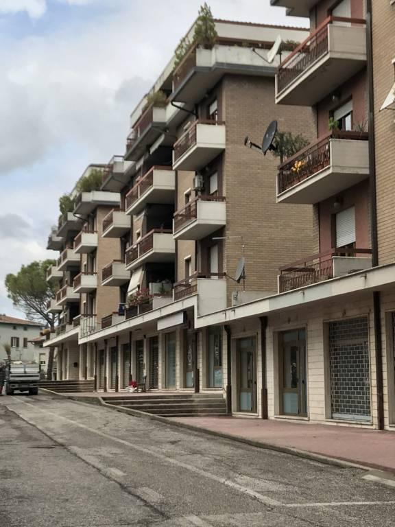 Appartamento in Vendita a Perugia: 4 locali, 140 mq
