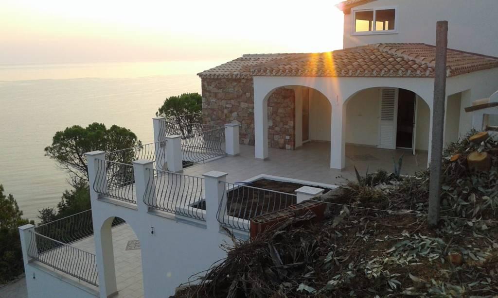 Foto 1 di Villa Località Foxi Manna, Tertenia