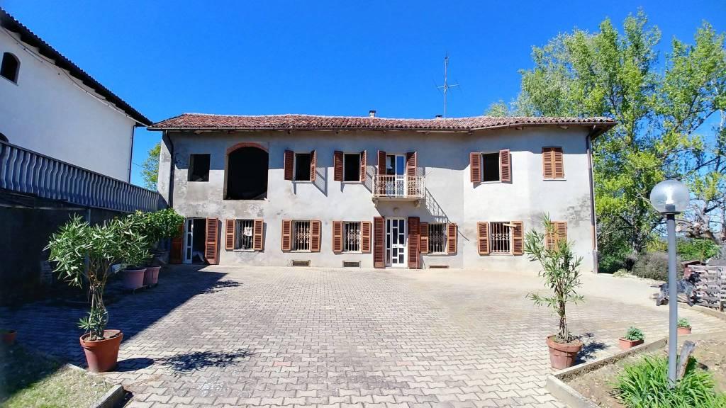 Foto 1 di Rustico / Casale via Pantrovato, Castell'alfero