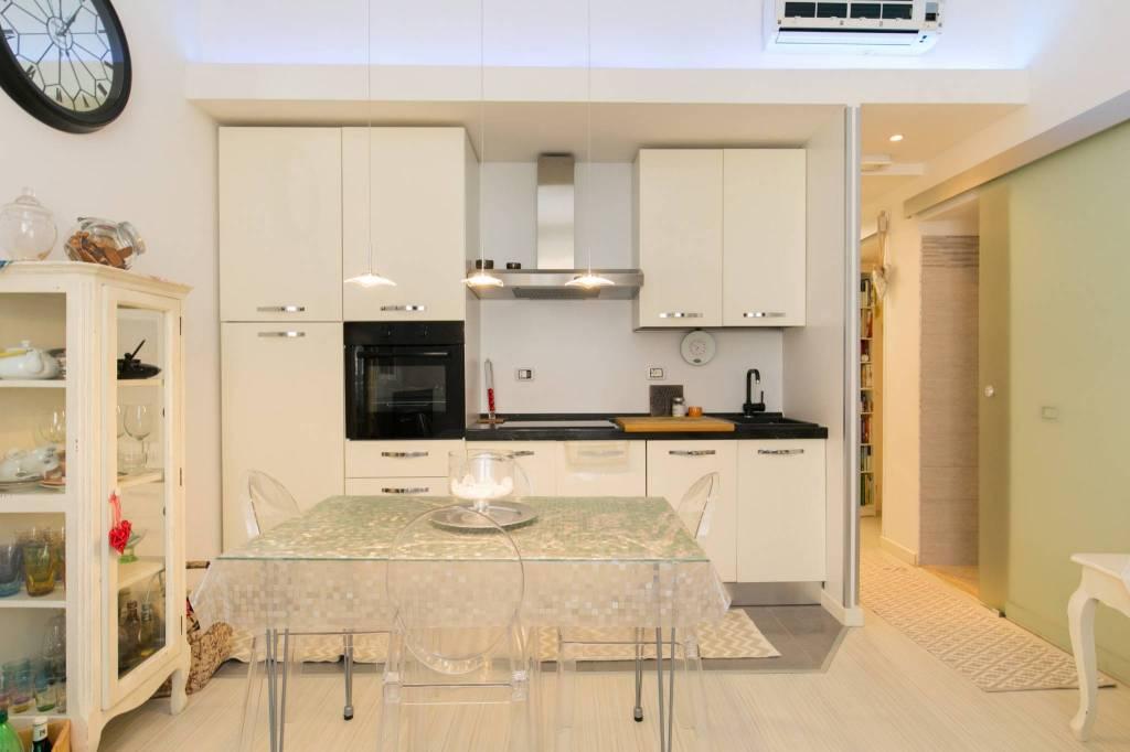 Appartamento in ottime condizioni arredato in vendita Rif. 8573453