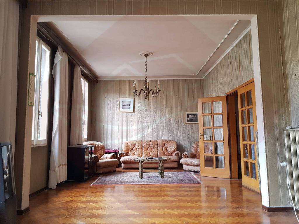 Foto 1 di Appartamento via Castelfidardo, Firenze (zona Campo di Marte)