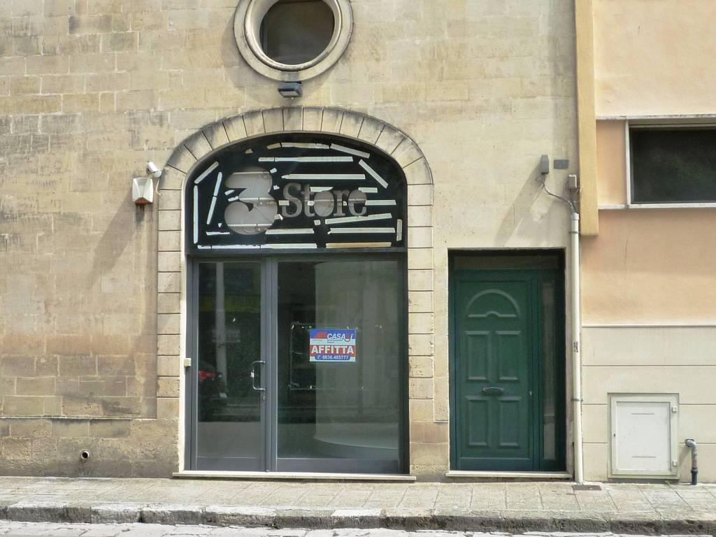 Negozio / Locale in affitto a Maglie, 1 locali, prezzo € 500   CambioCasa.it