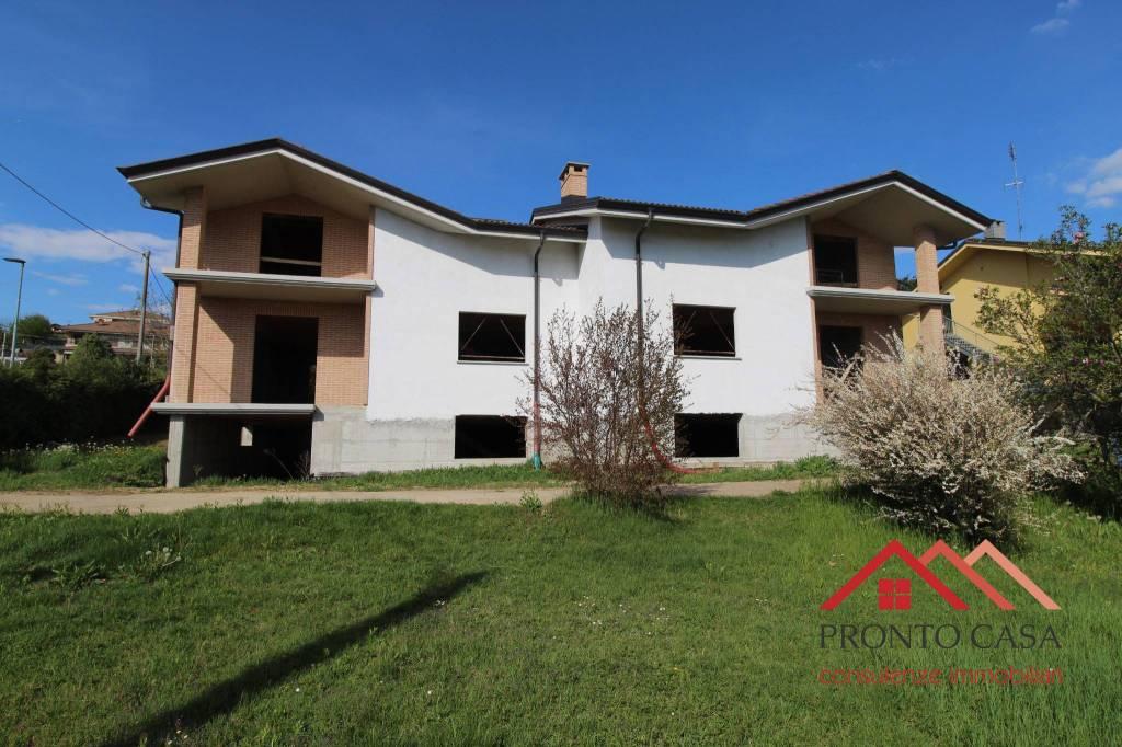 Foto 1 di Villa via Scolastica, Sanfrè
