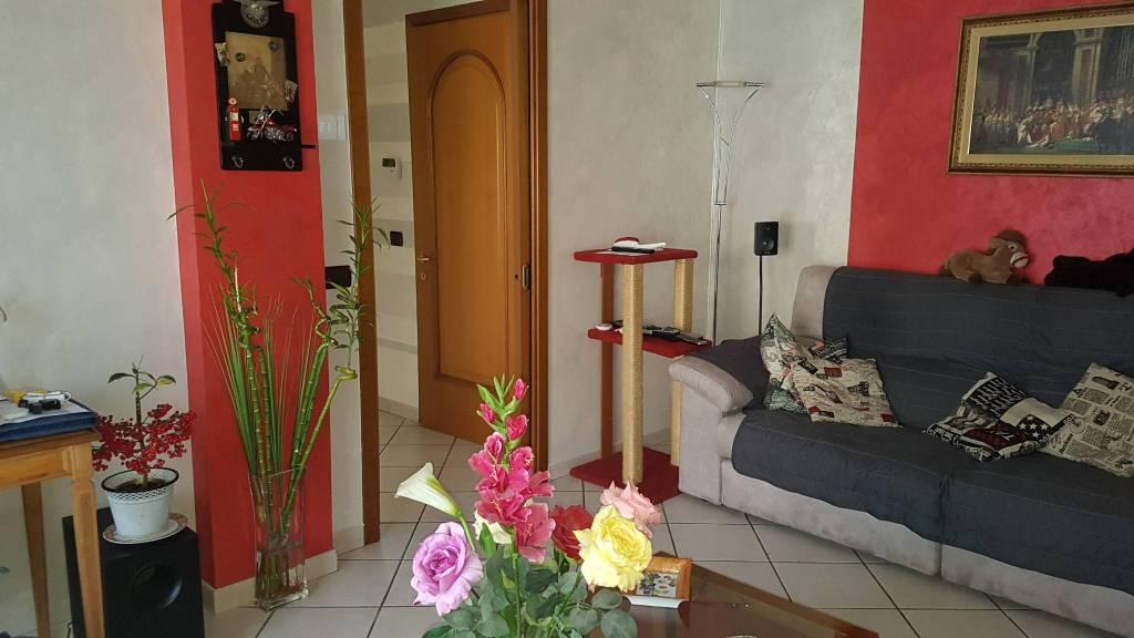 Foto 1 di Quadrilocale via Lej, Trofarello