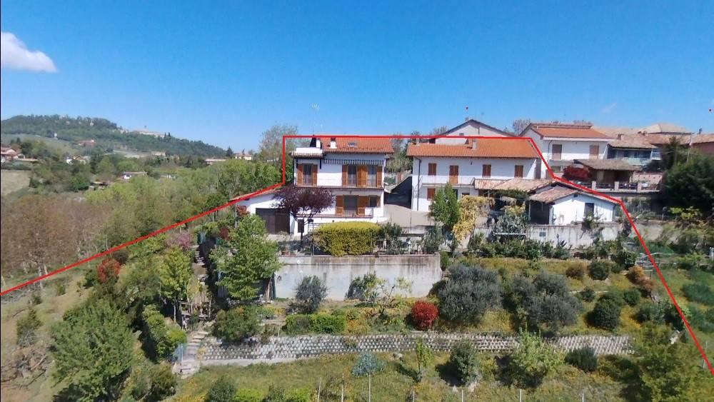 Soluzione Indipendente in vendita a Ponzano Monferrato, 10 locali, prezzo € 245.000   CambioCasa.it