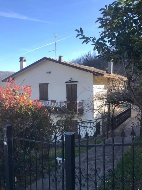 Foto 1 di Villa Monghidoro