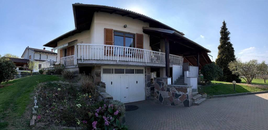 Foto 1 di Villa Romano Canavese