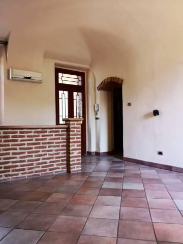 Appartamento in ottime condizioni in vendita Rif. 6975039