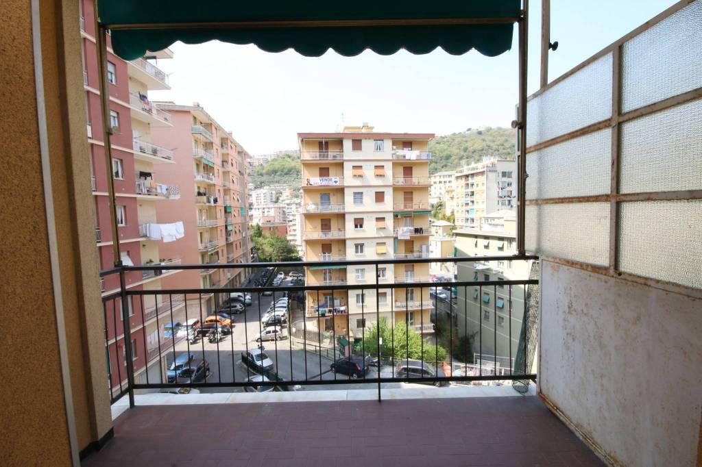 Foto 1 di Quadrilocale via Ammarengo, Genova (zona S.Fruttuoso-Borgoratti-S.Martino)