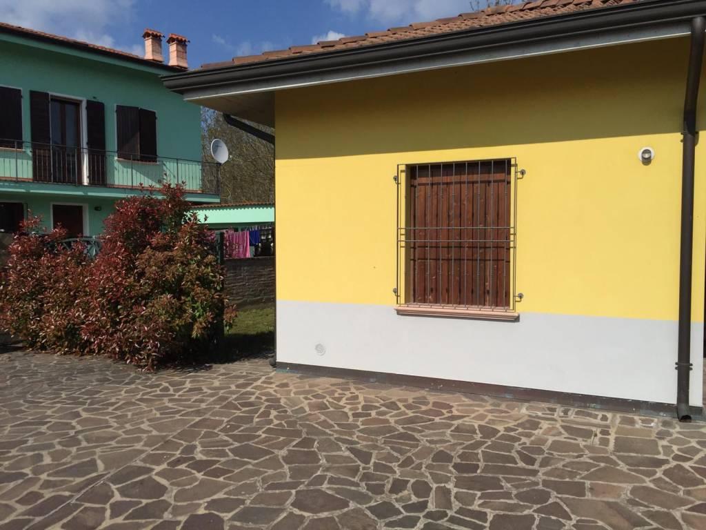 Appartamento in vendita a Dosolo, 3 locali, prezzo € 85.000 | PortaleAgenzieImmobiliari.it