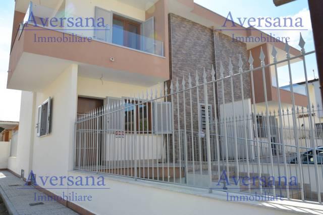 Villa quadrilocale in vendita a Parete (CE)