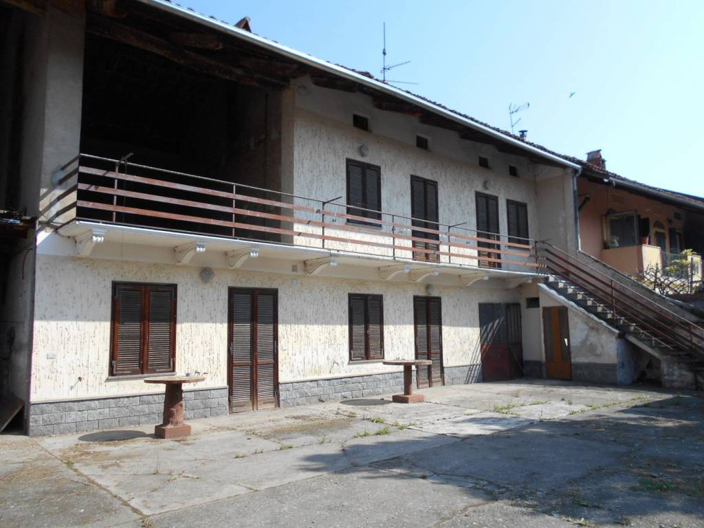 Foto 1 di Rustico / Casale via Borolo 2, Villareggia