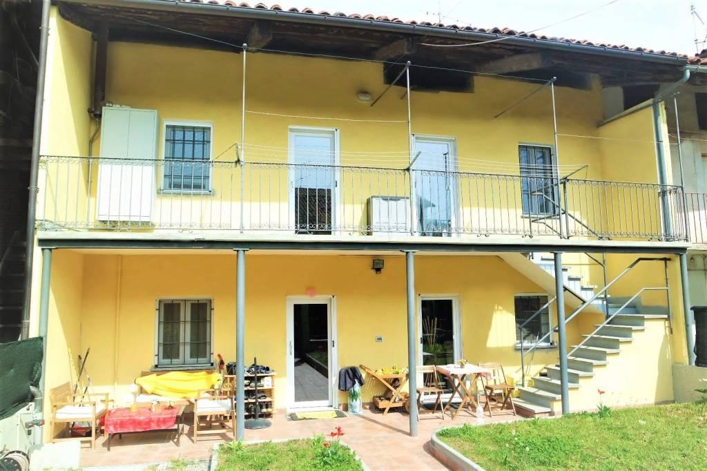 Foto 1 di Villetta a schiera Salerano Canavese