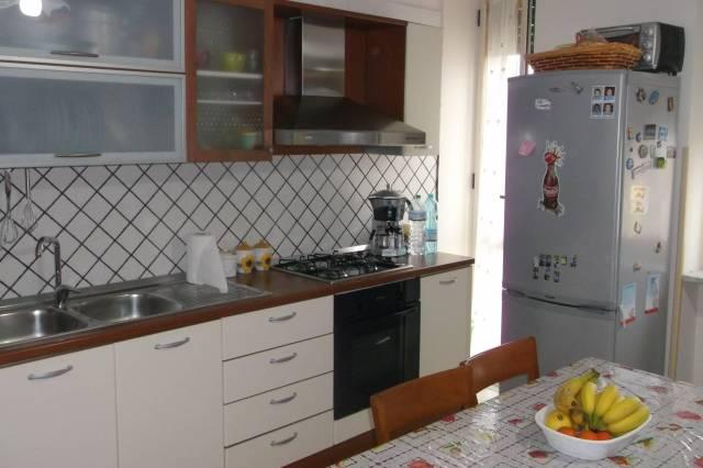 Appartamento in ottime condizioni in vendita Rif. 6473718
