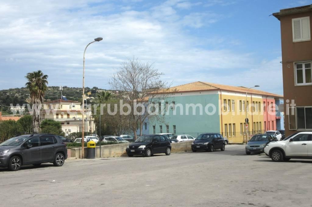 Appartamento in Vendita a Scicli Semicentro: 4 locali, 65 mq