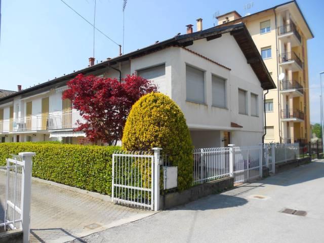 Appartamento in buone condizioni parzialmente arredato in vendita Rif. 6452489