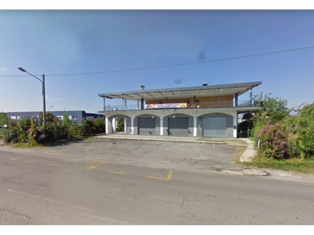 Negozio / Locale in vendita a Montanaro, 9999 locali, prezzo € 52.000 | PortaleAgenzieImmobiliari.it
