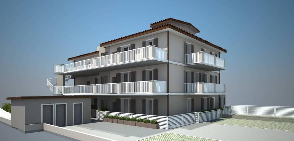 Appartamento in vendita a Montignoso, 5 locali, prezzo € 355.000 | PortaleAgenzieImmobiliari.it