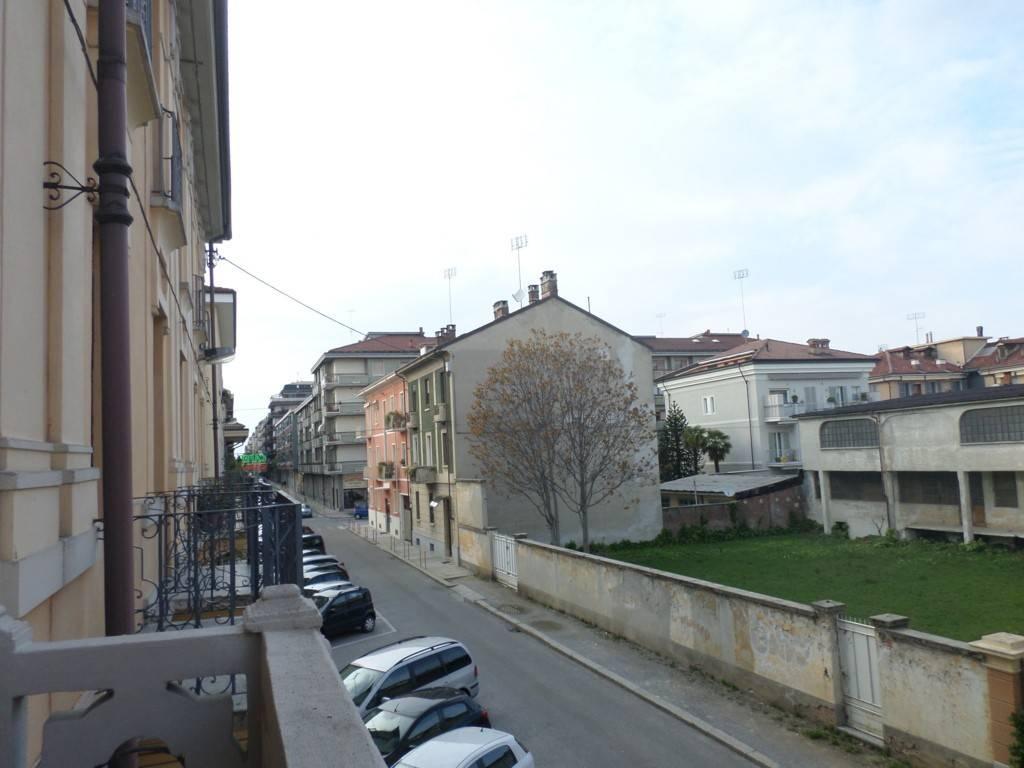 Foto 1 di Trilocale via Luigi Negrelli 22, Cuneo