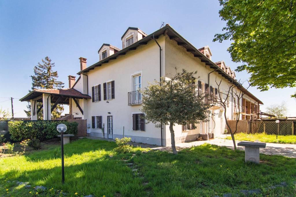 Villa in affitto a None, 7 locali, prezzo € 1.250 | PortaleAgenzieImmobiliari.it