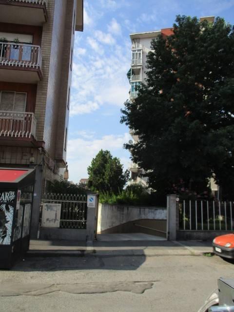 Foto 1 di Box / Garage via Terni 25, Torino (zona Madonna di Campagna, Borgo Vittoria, Barriera di Lanzo)