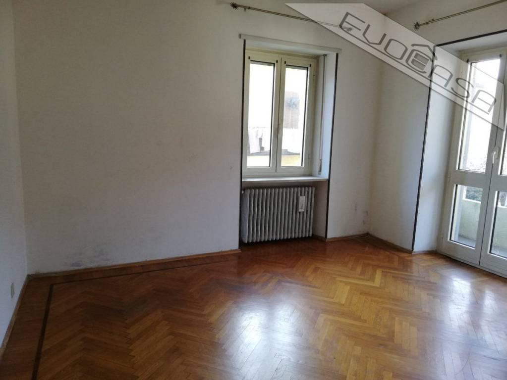 Foto 1 di Appartamento via Roma 16, Villar Perosa