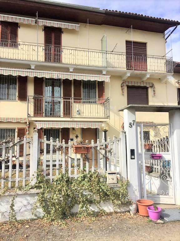 Foto 1 di Rustico / Casale Borgata Valdoisa, San Damiano D'asti