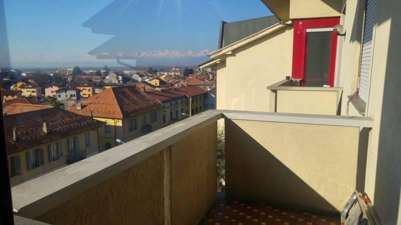Appartamento in affitto a Caluso, 4 locali, prezzo € 350 | CambioCasa.it