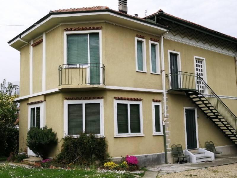 Foto 1 di Villa via torino, 48, Fiano