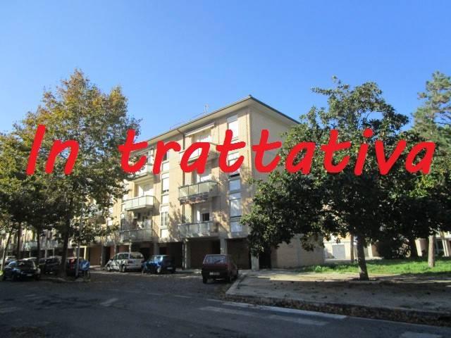 Appartamento da ristrutturare in vendita Rif. 9181348