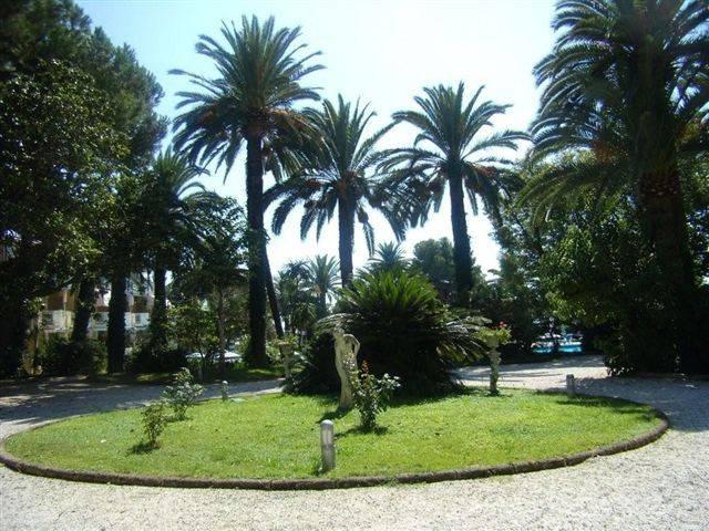 Ufficio / Studio in vendita a Bordighera, 3 locali, prezzo € 280.000 | PortaleAgenzieImmobiliari.it