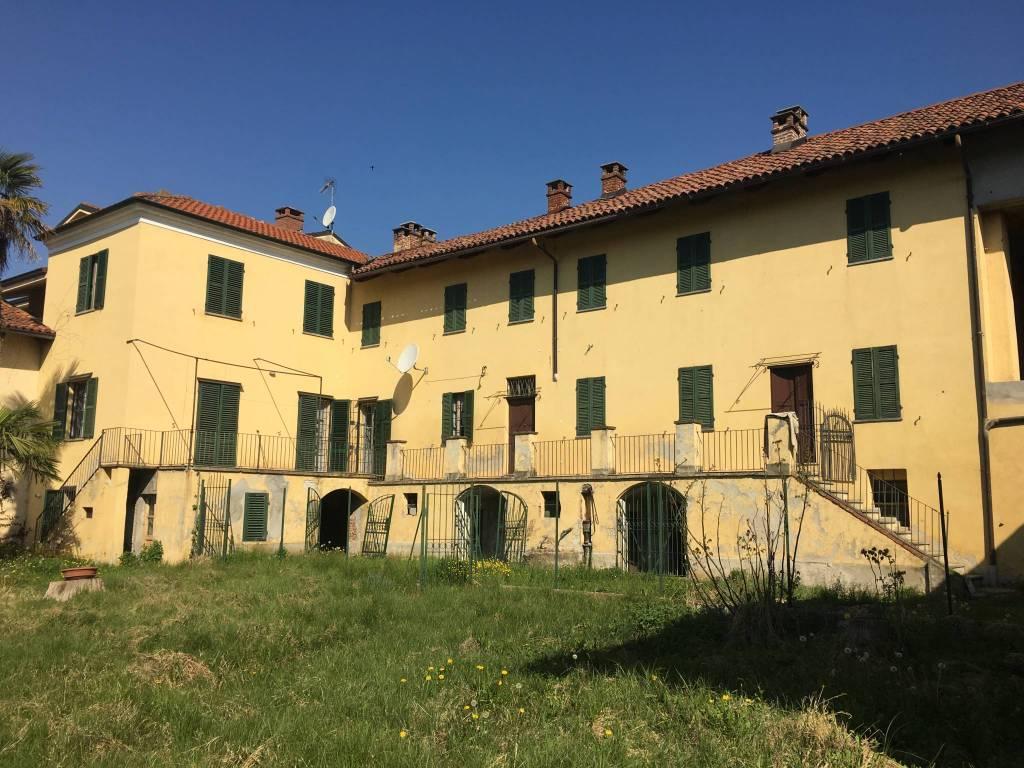 Foto 1 di Palazzo / Stabile via San Rocco, Montafia