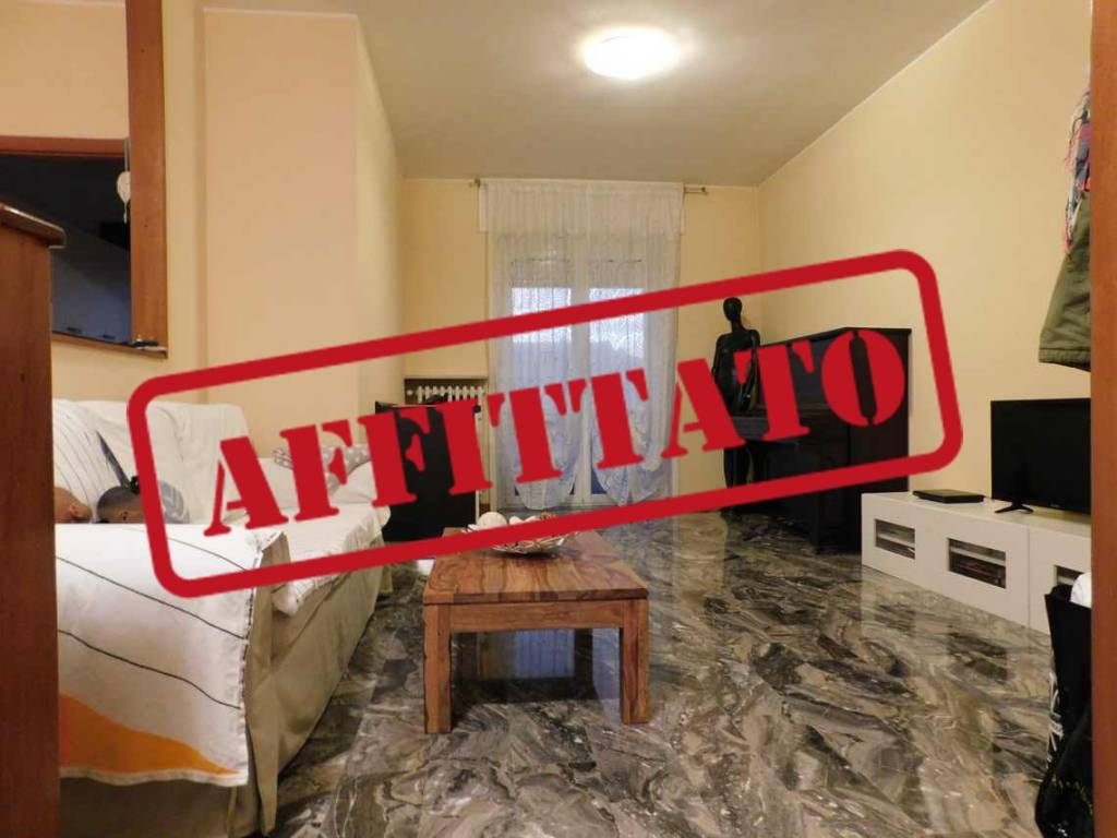 Appartamento in ottime condizioni in affitto Rif. 8452285