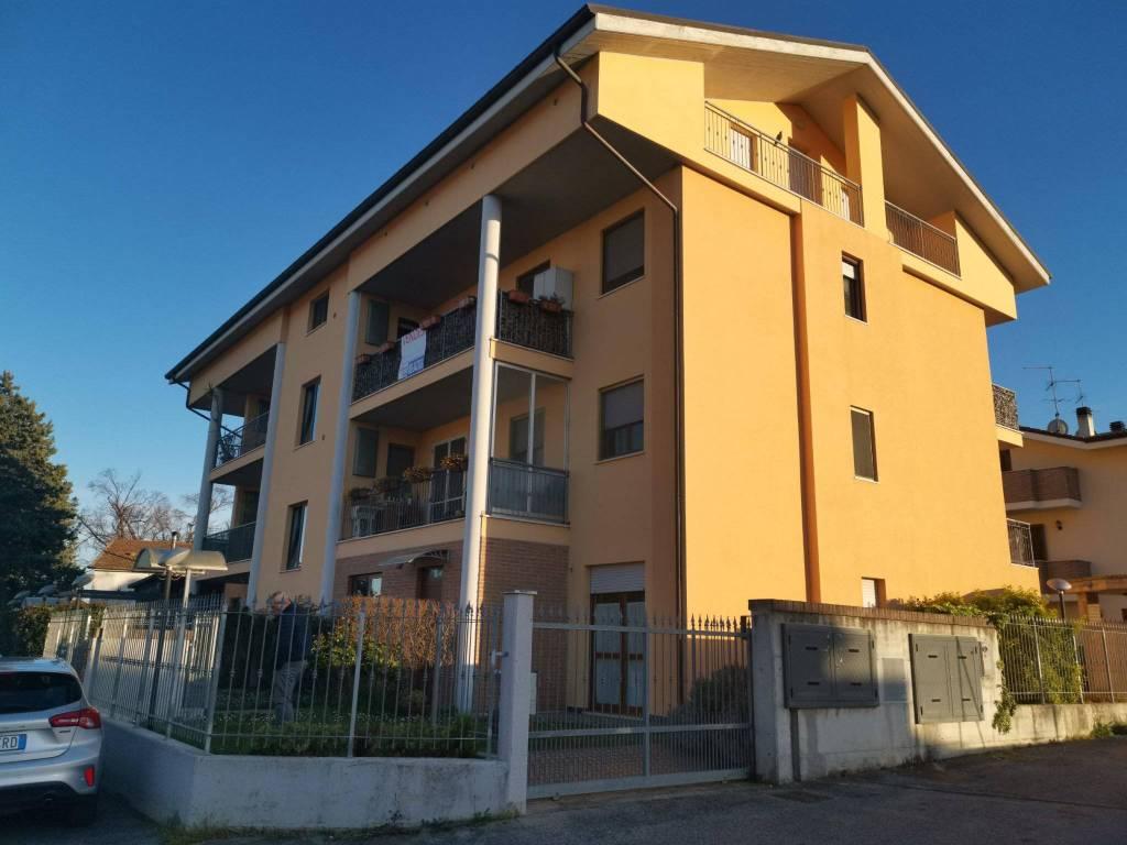 Appartamento in vendita a Pianella, 6 locali, prezzo € 170.000 | PortaleAgenzieImmobiliari.it