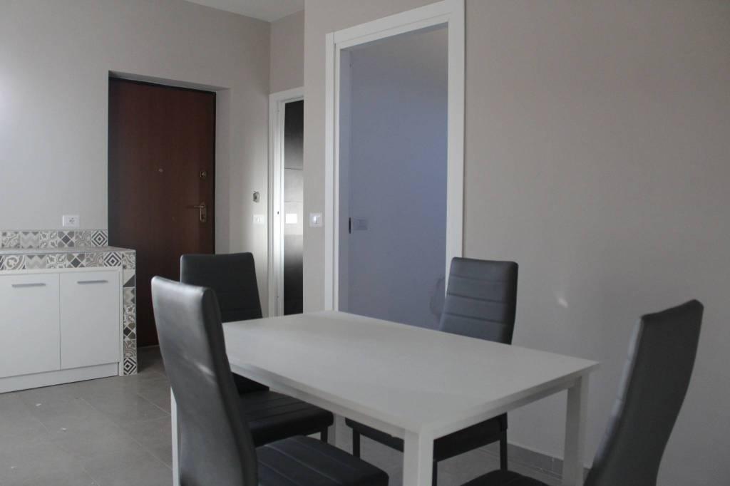 Appartamento in ottime condizioni parzialmente arredato in vendita Rif. 8340888