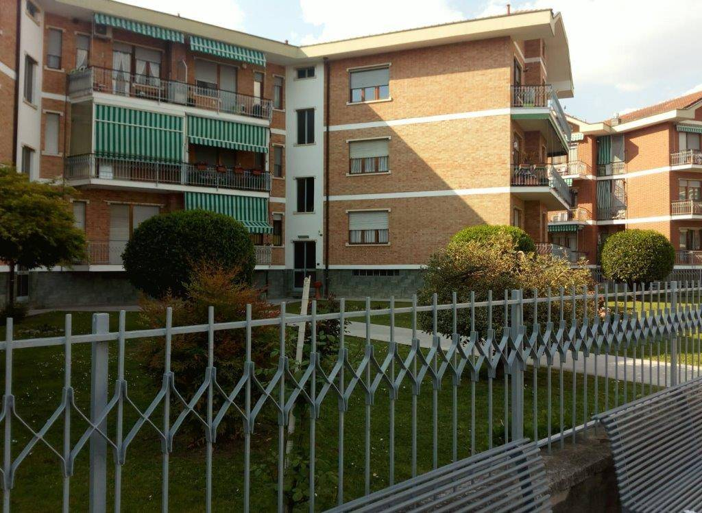 Appartamento in vendita via Ugo Foscolo 3 Candiolo
