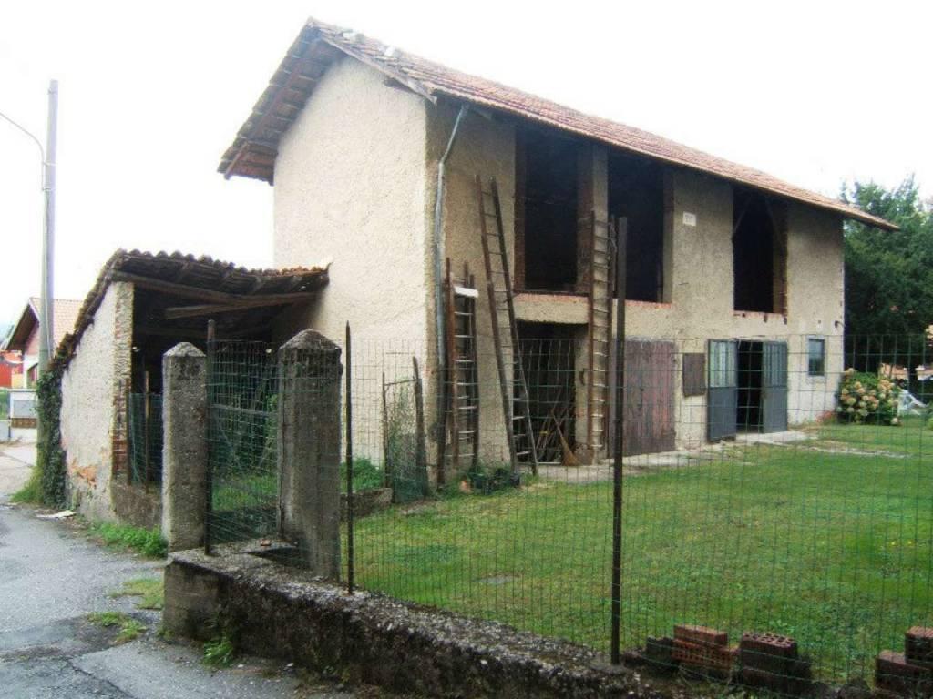 Soluzione Indipendente in vendita a Taino, 3 locali, prezzo € 90.000 | CambioCasa.it
