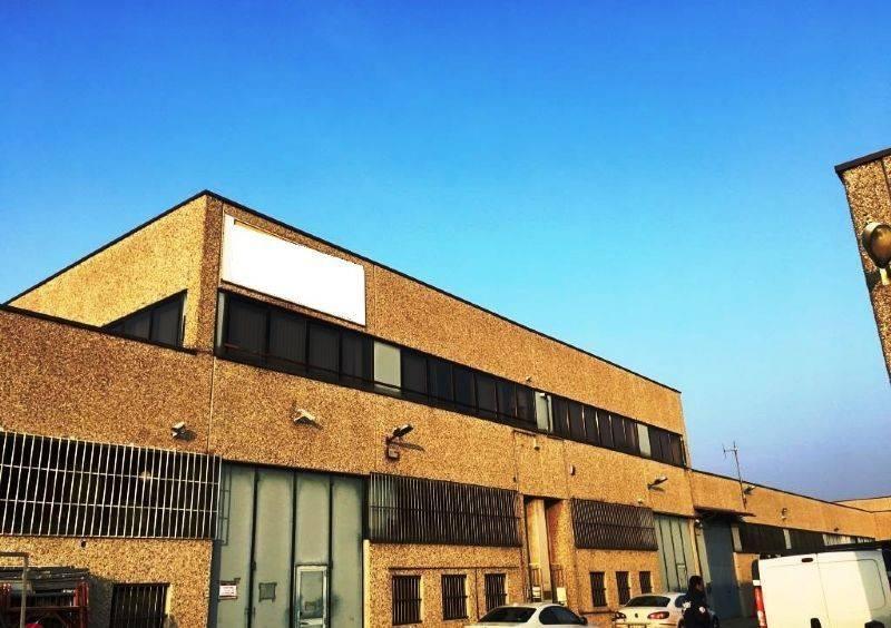 Ufficio / Studio in vendita a Opera, 1 locali, prezzo € 115.000 | CambioCasa.it