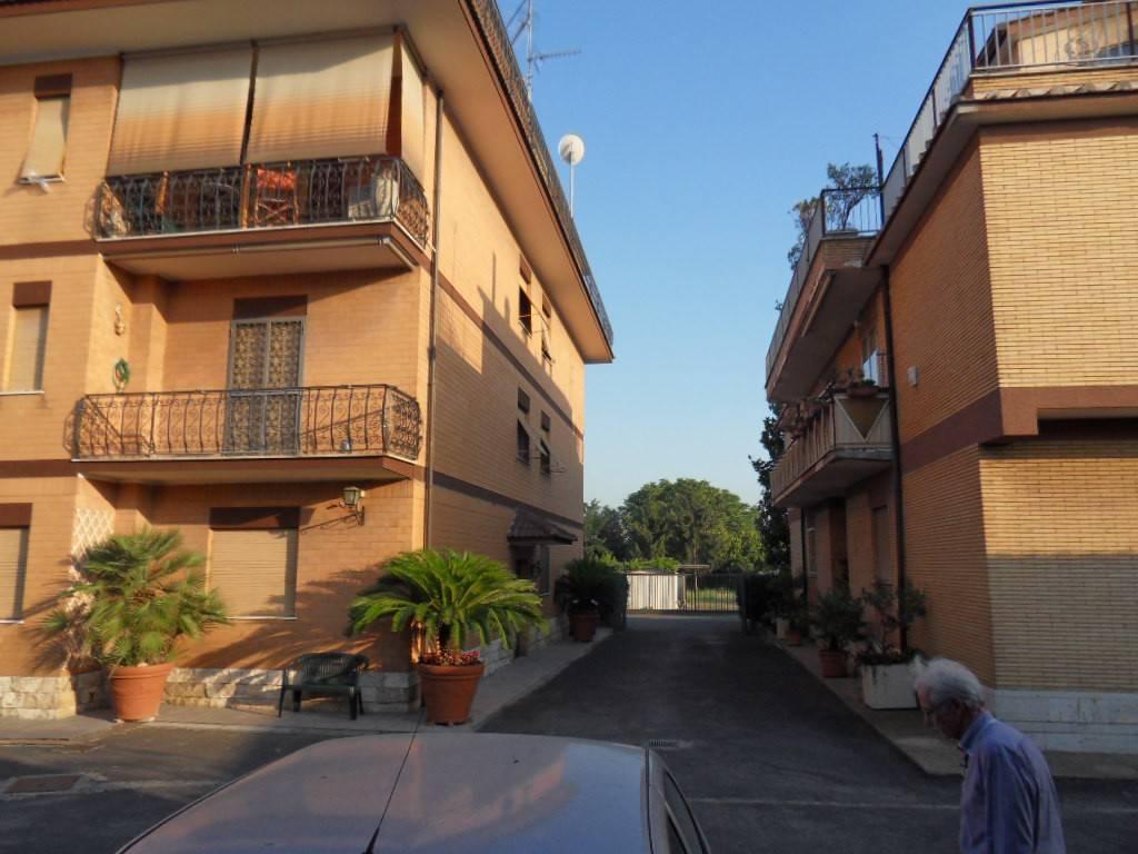 Appartamento in vendita a Roma, 3 locali, zona Zona: 34 . Bufalotta, Sette Bagni, Casal Boccone, Casale Monastero, Settecamini, prezzo € 119.000 | CambioCasa.it
