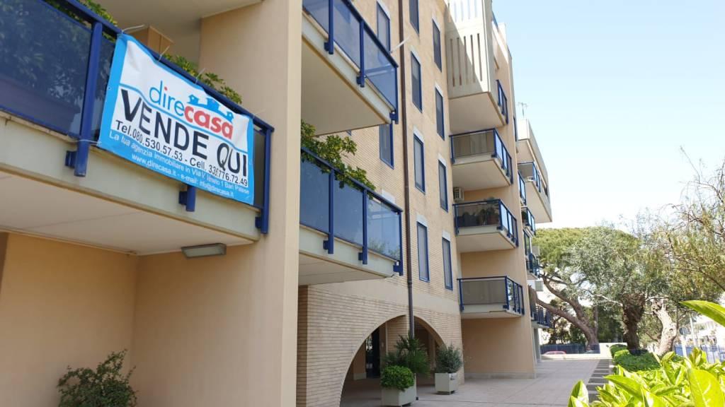 Appartamento in buone condizioni arredato in vendita Rif. 9256949